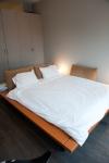 375_bedroom_0007