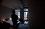 375_bedroom_0017